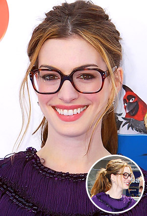 Anne Hathaway's messy 60s' ponytail with face-framing pieces