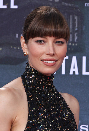 Jessica Biel's sleek bun with blunt bangs