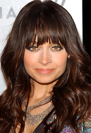 Nicole Richie's big waves with eye-skimming bangs