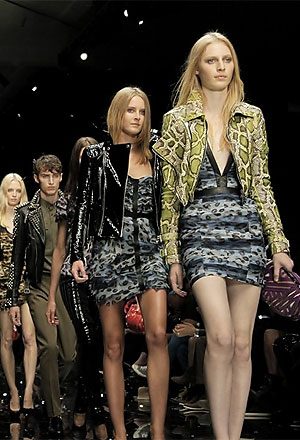 Burberry Prorsum Spring Summer 2011 womenswear collection epitomizes the